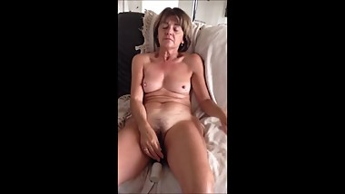 Female Masterbation 021 first girls caught by son. second is a mature