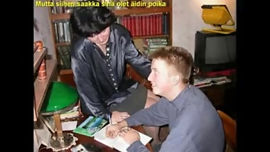 Slideshow with Finnish Captions: Mom Liza 3