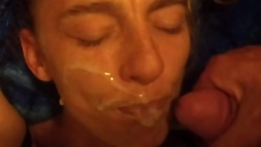 Cum on my face.kinkyeve