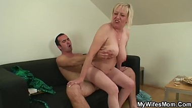 Busty wifes mother loves sucking and riding his cock