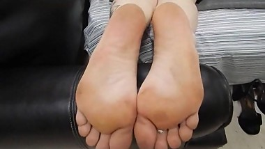 Crystal's Thick Mature Sz. 9 Soles Feet
