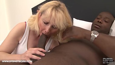 Granny wants black cock in her pussy and to suck black man cock for cumshot