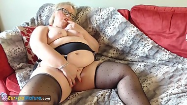 EuropeMaturE Blonde Chubby Lexie Solo Masturbation