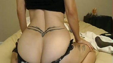 Ass shaking Mature PAWG